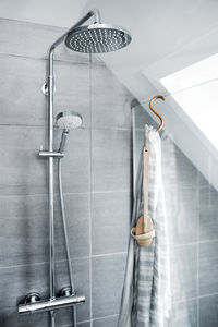 Hilina Shower system